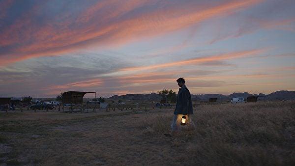 《游牧人生》劇照。(探照燈影業提供)