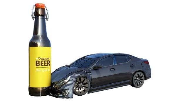 酒駕時,人對周遭的追蹤力與注意力均減弱,反應力也變慢,容易會做出錯誤的舉動,遇到突發情況更是雪上加霜,造成不可逆的悲劇!(123RF)
