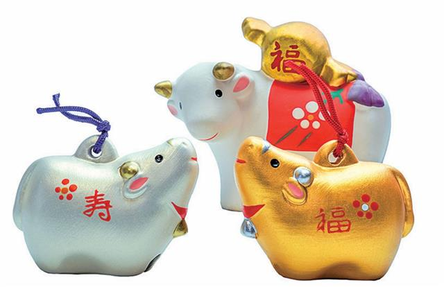 Daddy makes a lot of money and i  the cash cow in our family.(123RF)