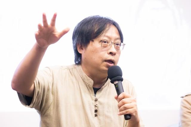 華人民主書院董事主席曾建元說,傳統媒體在日常資訊來源的比重已經往下降,人們開始大量依賴谷歌等網路媒體,當然要納入法律規範。圖為資料照。(記者陳柏州/攝影)