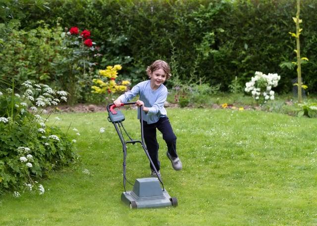 園藝工作屬於適度的體力活。(Fotolia)