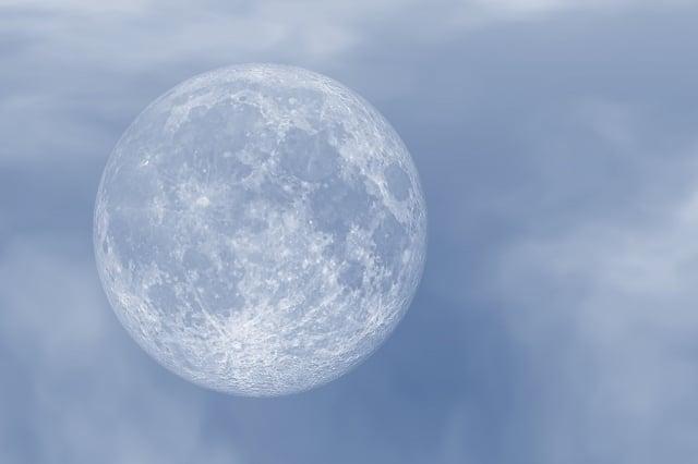 圖為滿月的示意圖。(Pixabay)