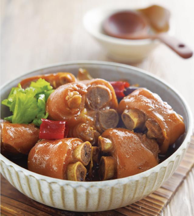 「紅燒豬腳」是一道家常菜,幾乎大家都可以上手。(日日幸福提供)