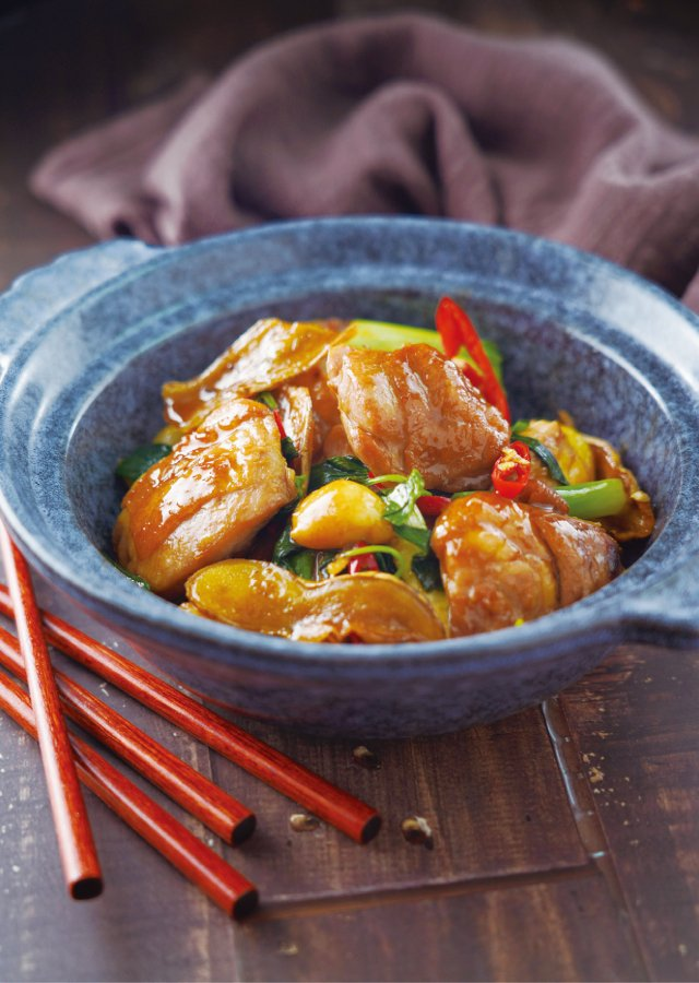鹹甜下飯的家常菜「三杯雞」。(日日幸福提供)