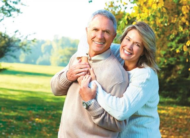 老年人預防肺炎之道,就是日常飲食保持均衡,增強免疫力。(Shutterstock)