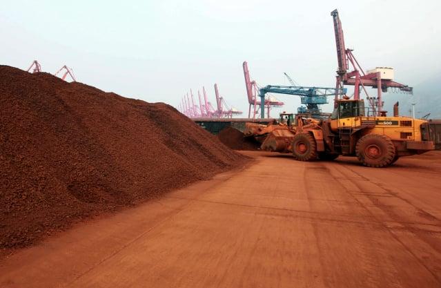 消息人士透露,中共正研究禁止出口稀土的精煉技術。有分析指出,此舉恐導致反效果。(STR/AFP via Getty Images)