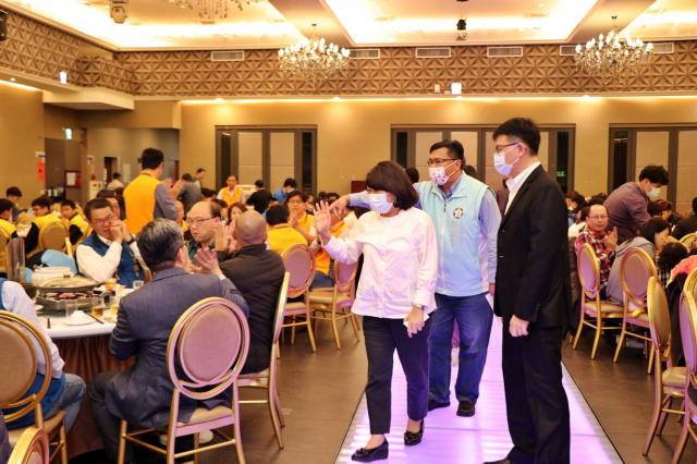 市長黃敏惠參與達美樂披薩獎學金頒獎典禮。