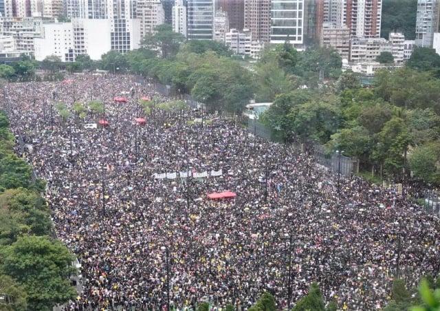 德國內政部的信函揭露,自從香港在2019年爆發民主抗議以來,中共試圖恐嚇在德國的香港人。圖為2019年8月18日,香港人舉行百萬人大遊行。(記者孫青天/攝影)