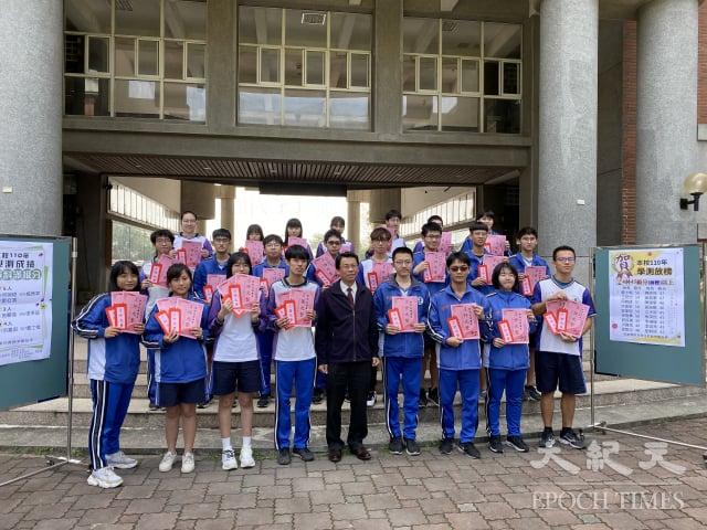 國立溪湖高中學測成績亮眼。(記者謝五男/攝影)