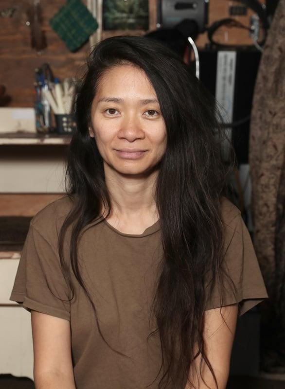 38歲華裔女導演趙婷以《游牧人生》獲得金球獎最佳導演,也是首位獲該獎肯定的亞洲女導演。(探照燈影業提供)