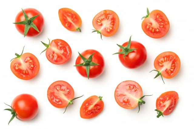 茄紅素(Lycopene)是一種抗氧化劑,可掃除自由基,抑制攝護腺癌細胞生長,多食用番茄或含茄紅素的蔬果,能有效預防攝護腺癌,以及遏止擴散的效果。(123RF)