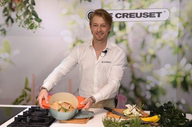 法國型男主廚法比歐示範料理。(攝影/記者黃宗茂)