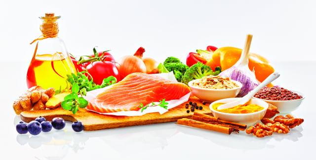 地中海飲食中,魚類是主要食材。魚類消費量愈多的國家,人民罹患憂鬱症的比率愈低。(Shutterstock)