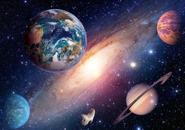 星系及行星概念圖。(ShutterStock)