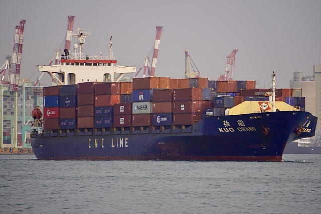 財政部9日公布3月海關進出口貿易初步統計,3月出口達358.9億美元(約新臺幣1兆209億元),創下歷年單月新高。(中央社)