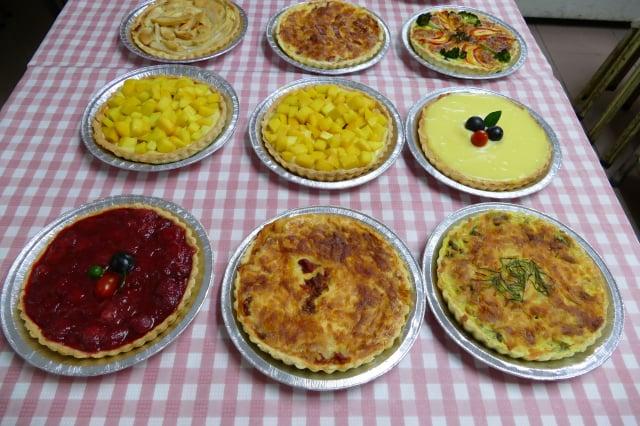 Michelle廚房製作的各種派,有鹹派、培根派、蘋果派、芒果派等。(攝影/賴瑞)