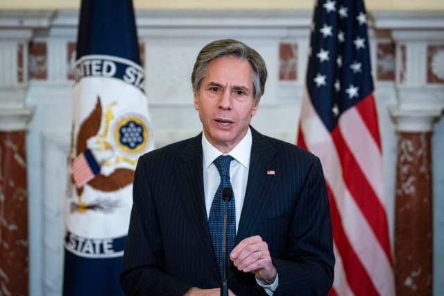美國國務卿布林肯(Antony Blinken)週日(4月11日)表示,美國非常關切中共針對臺灣的侵略性行動。(ALEXANDER DRAGO/POOL/AFP via Getty Images)