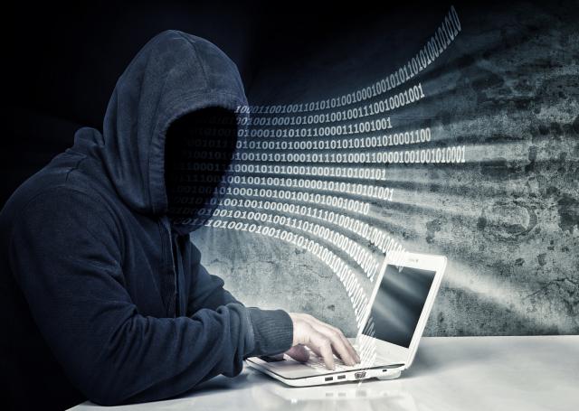 一份研究報告指出,隨著網路戰場日漸重要,中共現在更仰賴由超過2,000萬志願者組成的網軍,大打輿論戰。(Fotolia)