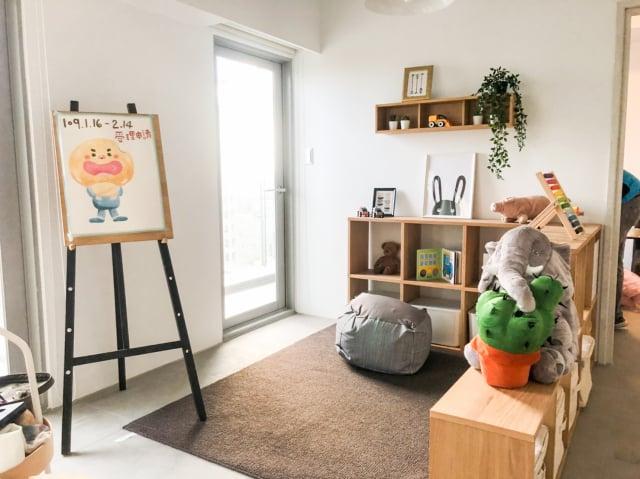 台中育賢社會住宅以一房8坪租金含管費僅5千元吸睛,去年底風光啟用。(臺中市政府提供)