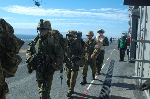 圖為日本水陸機動團。(U.S. Navy/維基百科)