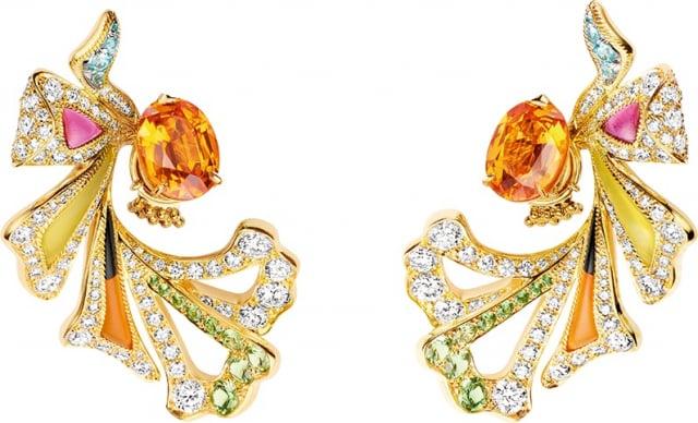 Éclosion de Chaumet 18k黃金耳環,綻放女性繽紛魅力。(微風集團提供)