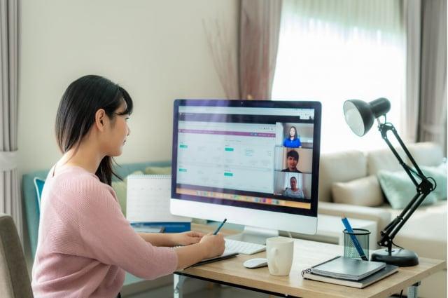 朋友喜歡在網路上PO負面文章,該如何關心他?(Shutterstock)