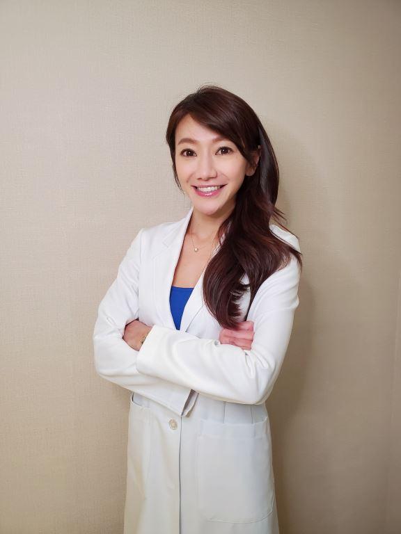 專科醫生洪芝晨表示,女性身兼多重身分使身體疲於適應。(白蘭氏提供)
