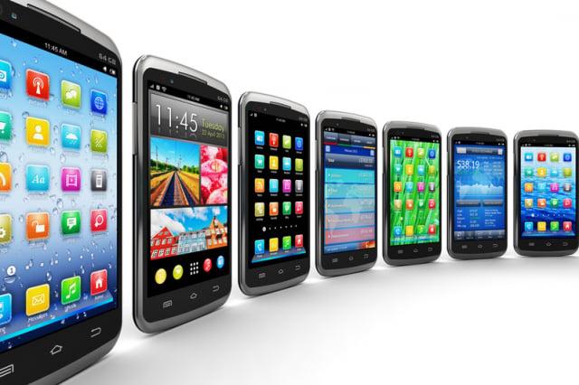 智慧型手機使用久了,其中的鋰離子電池會發生化學老化,使蓄電量逐漸下降。(Fotolia)