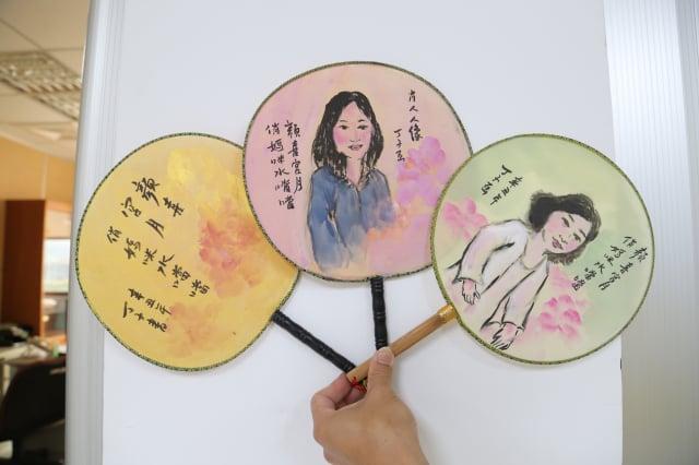 葫蘆墩文化中心母親節現場人像作畫活動。(臺中市政府提供)