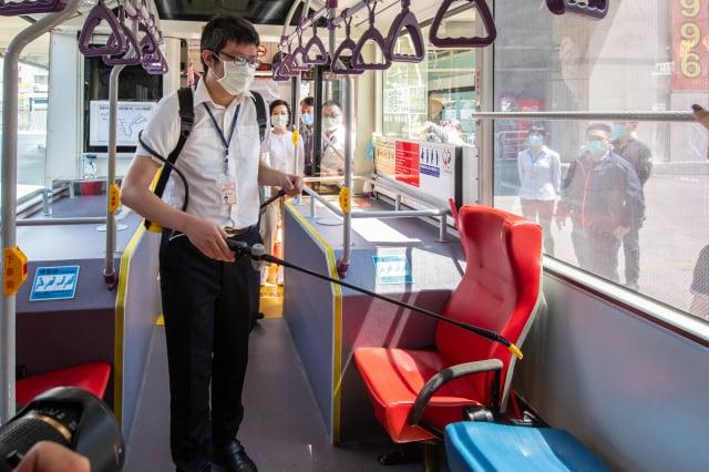 單趟次載運完成後進行車輛消毒。