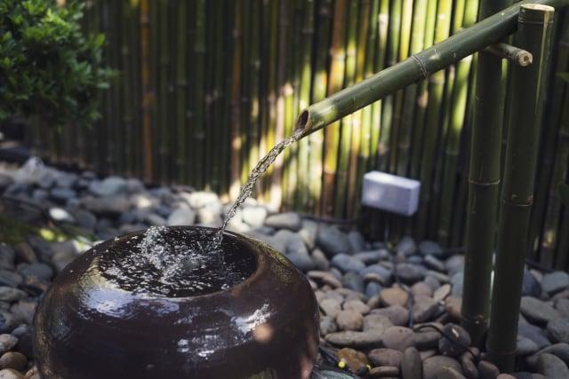 美妙的水流聲就像大自然的音樂,感覺好療癒。(Shutterstock)