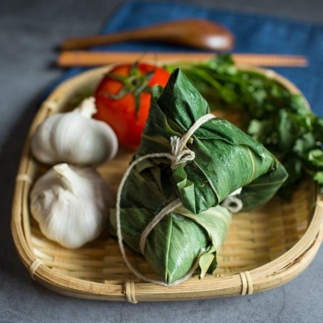 依時海陸市集西班牙海鮮風味粽。(Pinkoi提供)