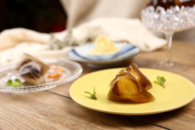 舊振南推出鐵觀音綠豆、伯爵紅茶芒果、香茗豆沙三種口味冰粽。(舊振南。提供)