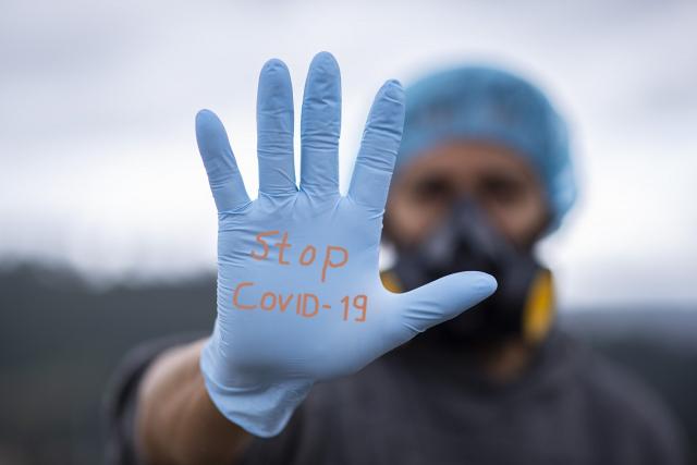 臺灣作家黃大米,日前在臉書上分享了這名旅英臺人提供的防疫經驗。(Pixabay)