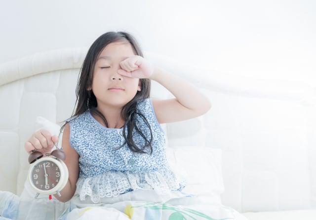 中西醫師王金鐸分享,按大地生息運轉來作息,早睡早起是維持身心健康的關鍵之一。(Fotolia)