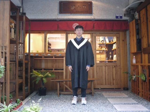 大葉大學英語系大四生陳冠名錄取清大研究所。(大葉大學提供)