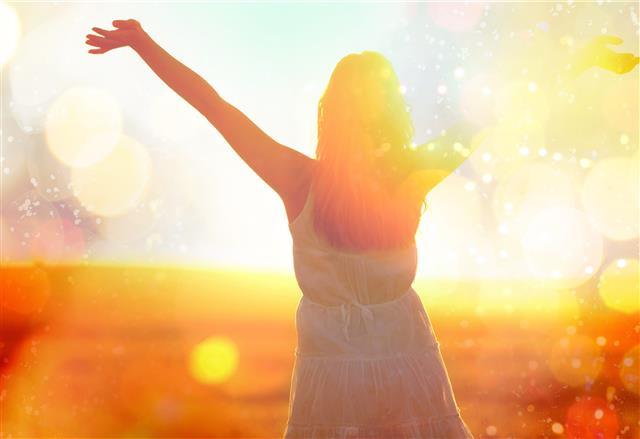 疫情改變許多人工作方式,建議8種簡單方法,幫助你調整並尋回往日的生活。(123RF)