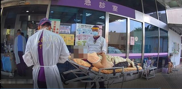 立即送往部立桃園醫院救治。