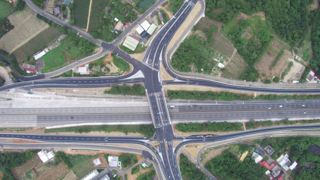 國道3號高原交流道要通車了。對於這個地區的民眾,對於所有的用路人,這是非常大的好消息。