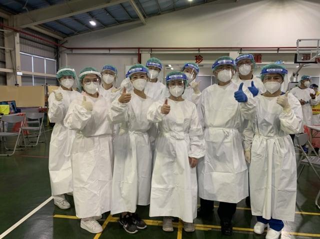 北榮桃園分院醫護人員於各社區疫苗接種站的專業表現及服務效率,皆受主管機關肯定及讚賞。
