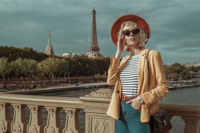 混搭比全身名牌更有魅力。(Shutterstock)