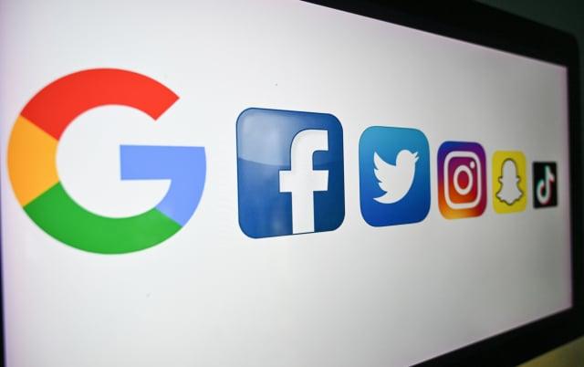 臉書、谷歌和推特警告港府,如果繼續按計劃修訂《個人資料(私隱)條例》,他們可能會停止在香港提供服務。(DENIS CHARLET/AFP via Getty Images)