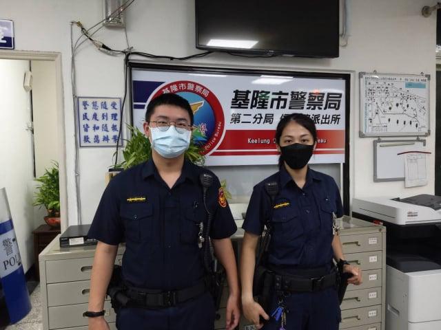 信六路所警員林佳勳、江權裕。(基隆市警察局提供)