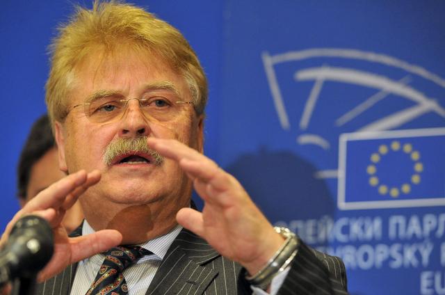 德國前歐洲議會外交委員會主席布洛克表示,總理梅克爾的中國政策很失敗。布洛克資料照。 (MLADEN ANTONOV/AFP via Getty Images)