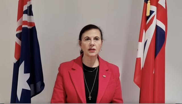 澳洲自由黨聯邦參議員韋爾斯(Concetta Fierravanti-Wells)。(影片擷圖)