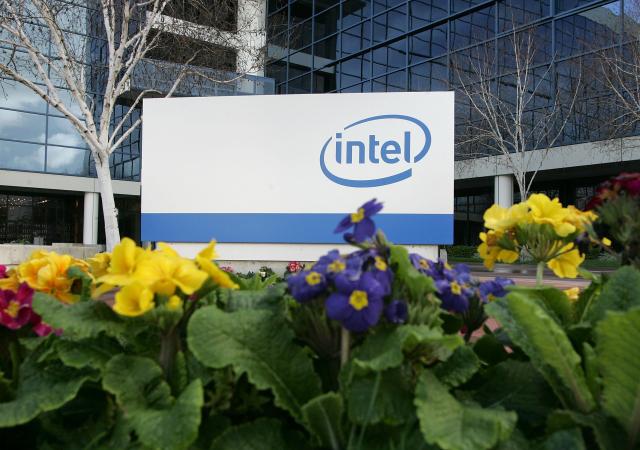 美國晶片業龍頭英特爾(Intel)正探詢收購格芯(Globalfoundries)的機會。(Justin Sullivan/Getty Images)