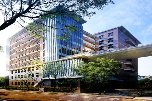 清華半導體學院預計今年8月成立,將分為元件、設計、製程、材料4組招生。