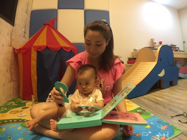 為鼓勵生育,政府提出「0到6歲一起養」,從8月1日起育兒津貼及托育補助皆加碼1千元。(高雄市社會局提供)