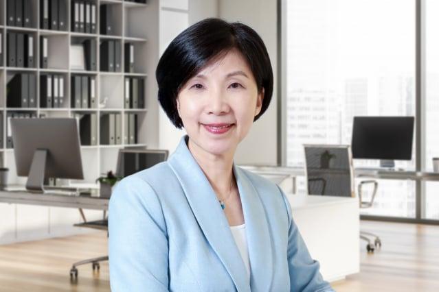 遠傳電信總經理井琪,將分享「後疫時代無限可能-5G x 數位轉型」。