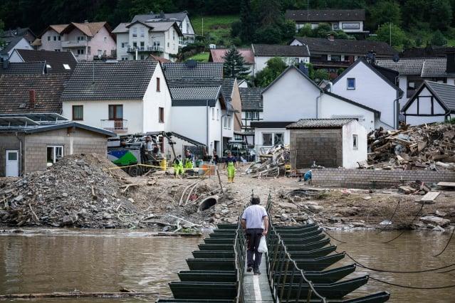 圖為德國的水災災區。(BERND LAUTER/AFP via Getty Images)
